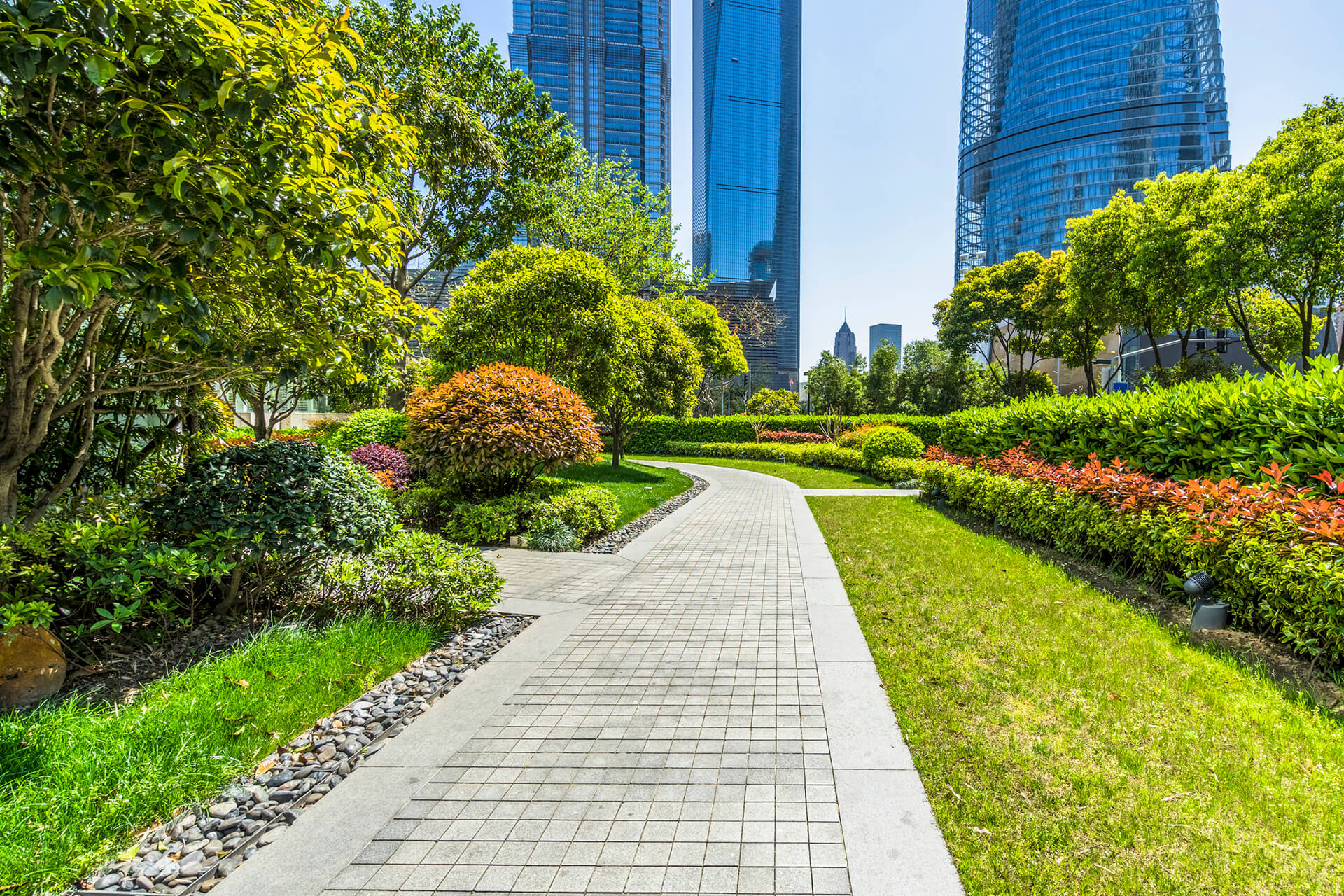 landscaping design Calgary - improve aesthetic