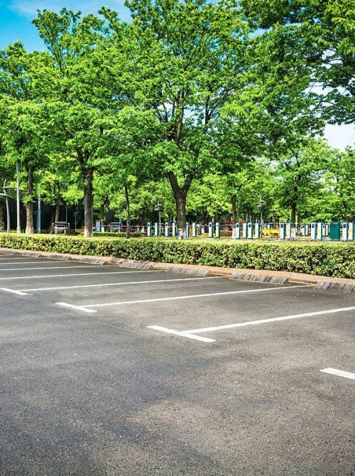 landscaping design Calgary - parking lot cleanup